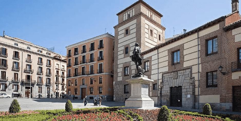Madrids Best Hidden Squares and Plazas - Plaza de la Vila